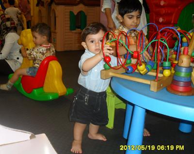 http://artin1389.persiangig.com/artinkhaan1sal1mah11roz.jpg