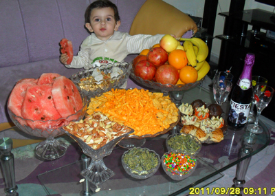 http://artin1389.persiangig.com/yalda90artinkhaan.jpg